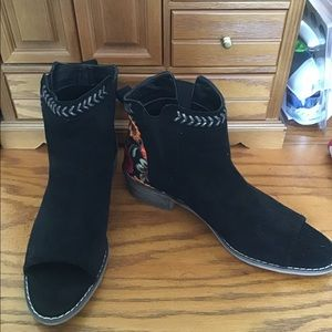 New Tiarra Black Suede Peep Toe Booties